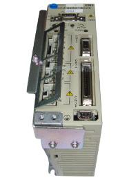 2 AUSTAUSCH SGDM-04AC-SD2B YASKAWA FREQUENZUMRICHTER